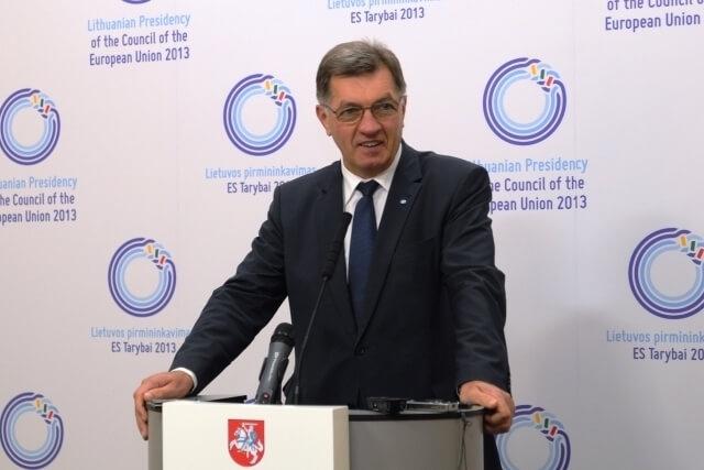 Photo of Premjeras: investicijų pritraukimas – vienas svarbiausių šalies ekonomikos variklių