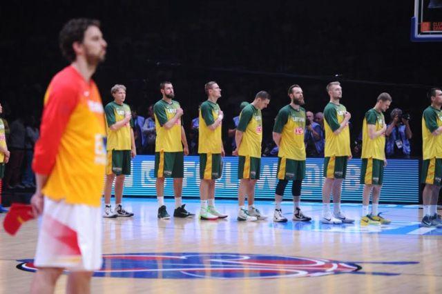 Nuo televizoriaus iki mobilaus telefono – krepšinio čempionatą
