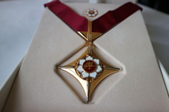 auksinio kryžiaus prekybos sistema)