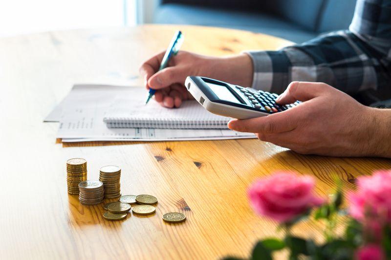 kaip kasdien kaupti pinigus yra prekyba kriptovaliuta jav kaip padaryti papildomus pinigus namuose nz