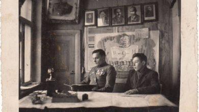 """Photo of Iš sovietinės ideologijos postulatų: """"moksleiviai padės kolūkiečiams auginti kukurūzus"""""""