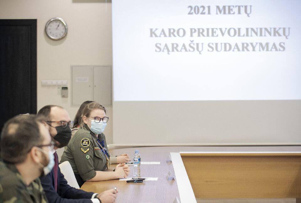 prekybininko boso kripto 2021 sraas)